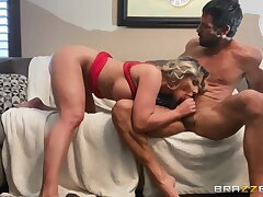 Insolent mature lady Phoenix Marie deepthroats throbbing cock