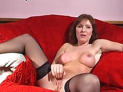 Wendy Taylor makes herself cum while poking her pussy encircling a dildo