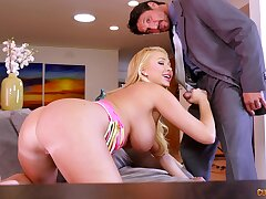 Blondie screams with each wiggle invading her pink cunt