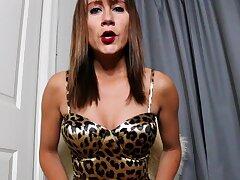 Hottest brunette solo webcam upbraiding 2