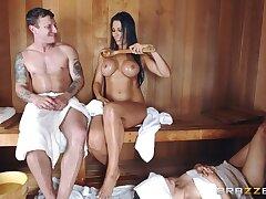 Sneaky Sauna Nourisher