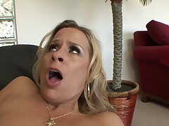 Magnificent Payton Leigh makes a cock disappear in her wet pussy