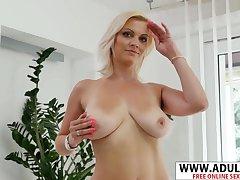 Alluring MILF Kirsten Klark Shows Her Wet Pussy