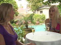 Mature blonde lesbians Tanya Tate and Darryl Hanah pussy licking