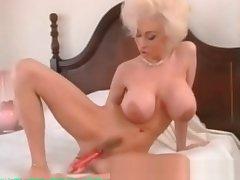 My Sexy Piercings Milf take ierced pussy outfall labias
