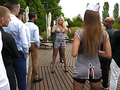 Lewd and bad stewardess Joanna Bujoli is horny about eating wet pussies
