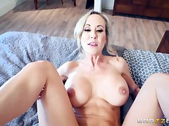 Brandi Love sits her pussy down on young Spanish cock
