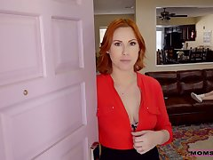 Auric girl promoter Katie Kush takes part in crazy threesome fastener sex