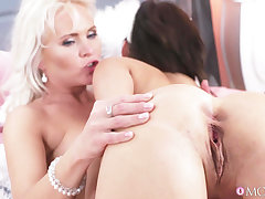 Two kinky lesbos lick shaved pussies of each other