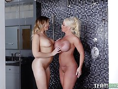 Bisexuall experience with Alura Jenson is momentous for will not hear of friends