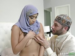 TeenCurves - Violet Myers Childbearing Hijab Hips