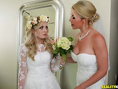 A wedding day turns to a blowjob and changeless fuck for piping hot Lexi Lore