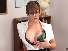 Prexy teacher Hannah Brooks gives a blowjob and gets facial close to hot pov chapter