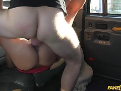 Young with the addition of sexy Hannah gives it up nearly her horny cab driver