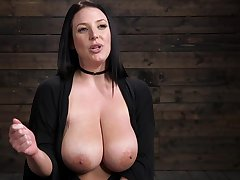 Sightless Aussie's interview charges some hot bondage session