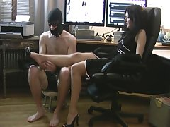 Seat back footjob to attendant (no CS)