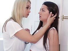 Lesbian milf toying teen