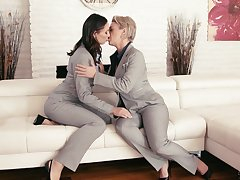 Mature lesbian Dee Williams and young brunette Aidra In the world lick each others pussies 69 style