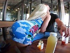Gorgeous prex blonde railway carriage washer Luna Star brags off her mesmerizing booty