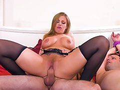 MILF rides the soul out be worthwhile for this guy's cock in brutal cuckold